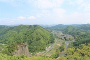 男神岩展望台からの眺めが、鮮やかな緑の世界に変わりました✨