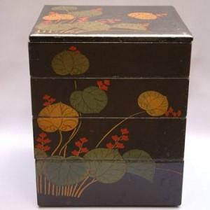 古式浄法寺塗の最大の魅力はその絵付けにあります。