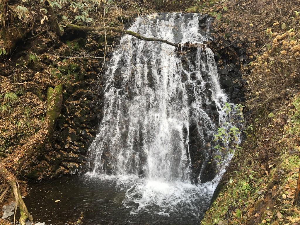 うろこ滝(メイン)